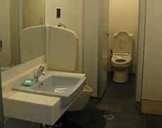 第三ビル男性WC
